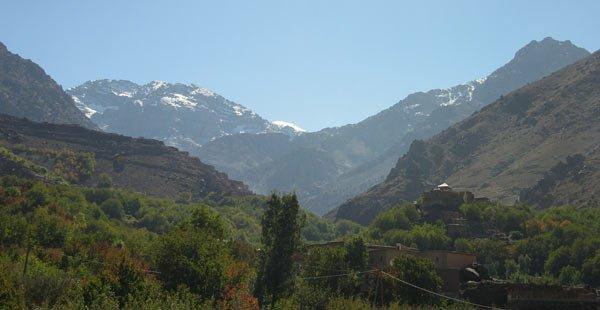 Blick von Imlil auf den Djebel Toubkal, den höchsten Berg Nordafrikas