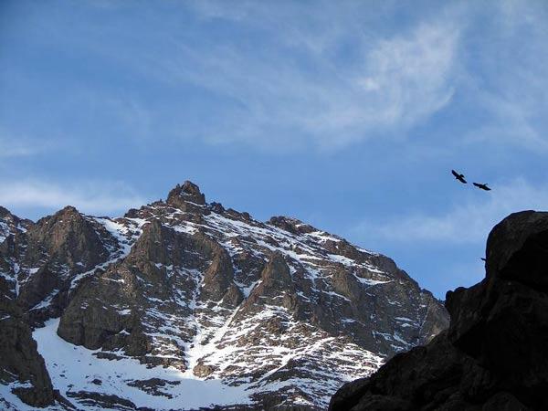 Der höchste Berg Nordafrikas, Djebel Toubkal, im Winter