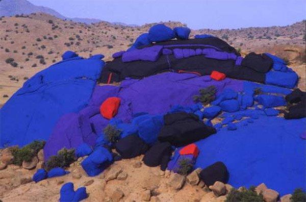die farben marokkos: blaue steine tafraoute