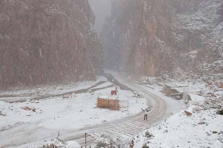 Wintereinbruch Todra-Schlucht Marokko