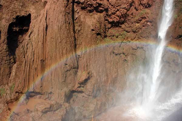 regenbogen ouzoud marokko